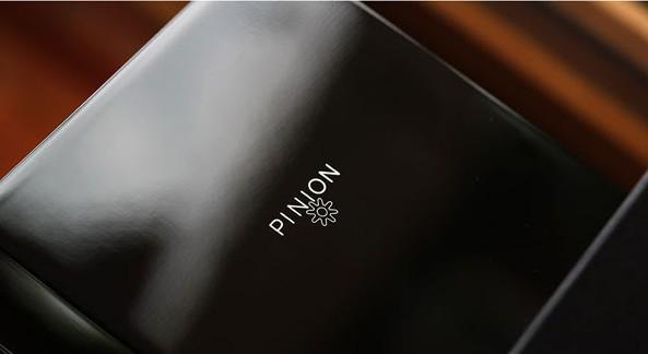 The Pinion Axis Pure presentation case
