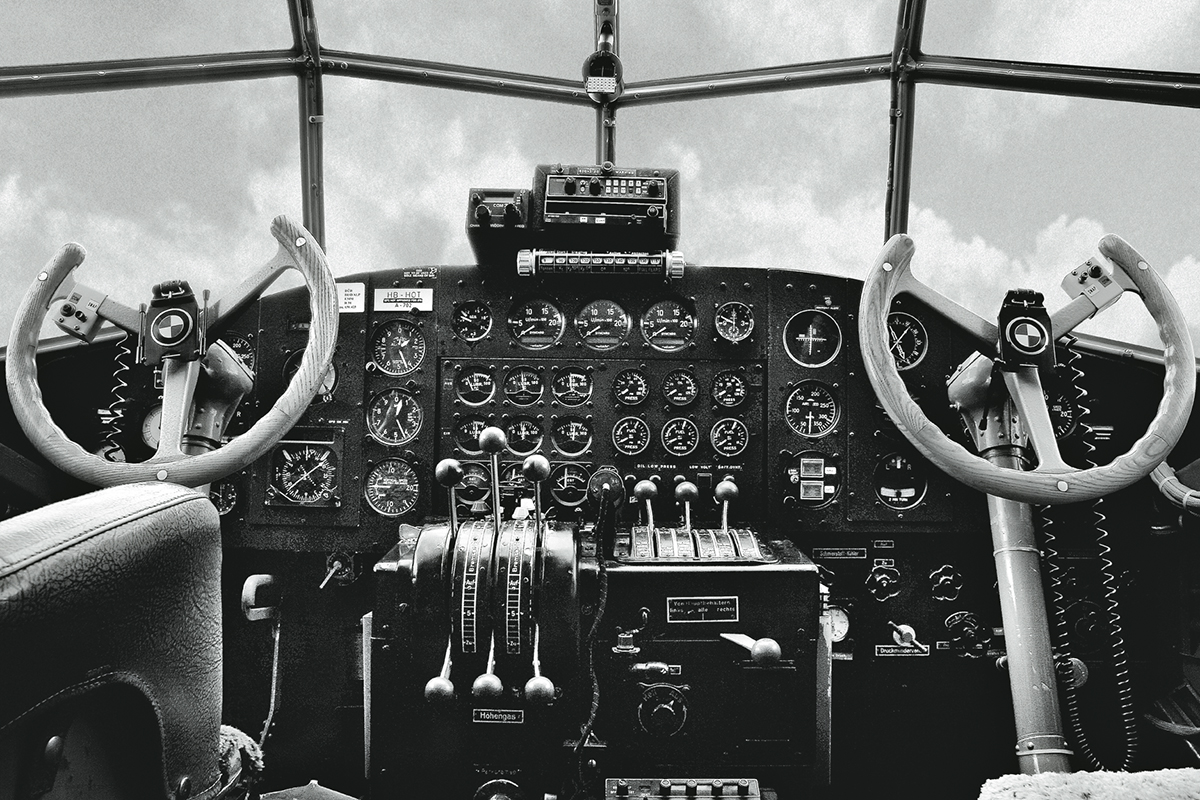 Cockpit of the IWC Ju-52