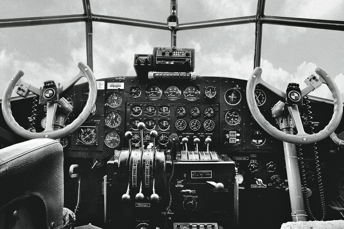 Cockpit of the IWC Ju-52