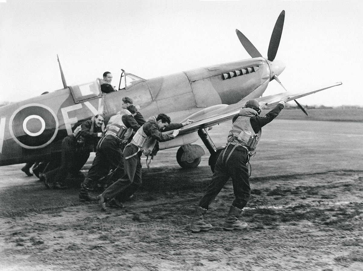 Spitfire, photo courtesy of IWC/Hulton Archive/Getty Images