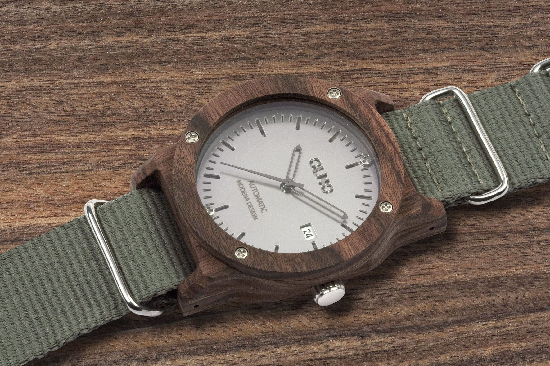 OLMO watch in rosewood