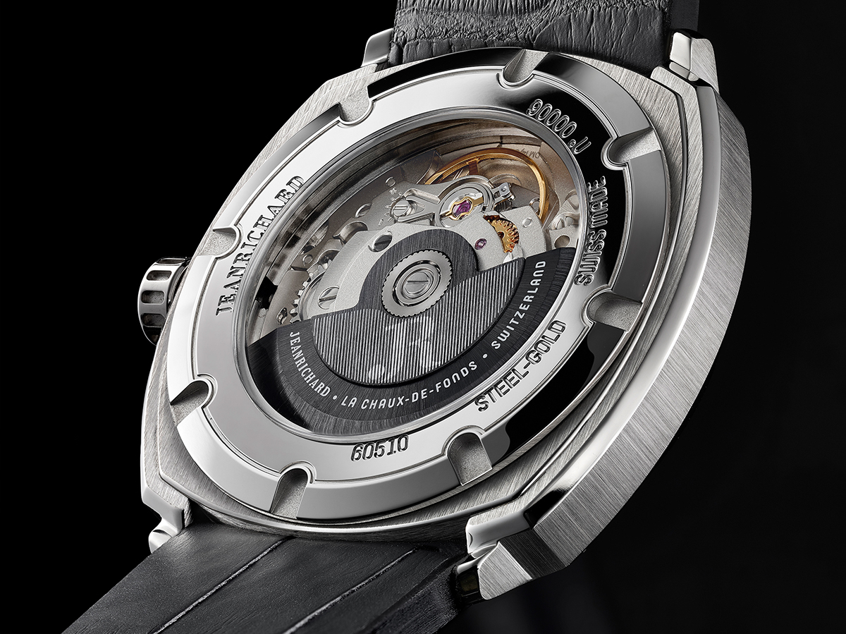 Detail of the display caseback showing the oscillating weight