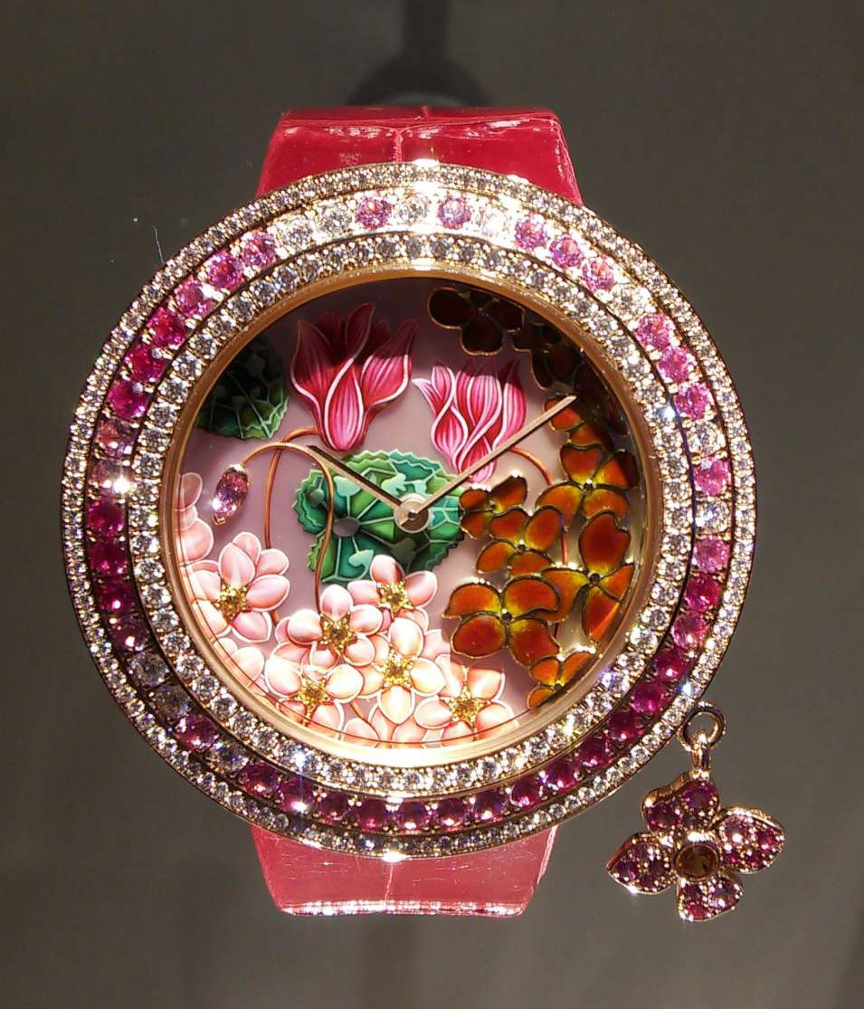 A watch from the Enchanted Nature series, part of the Charms collection by Van Cleef & Arpels