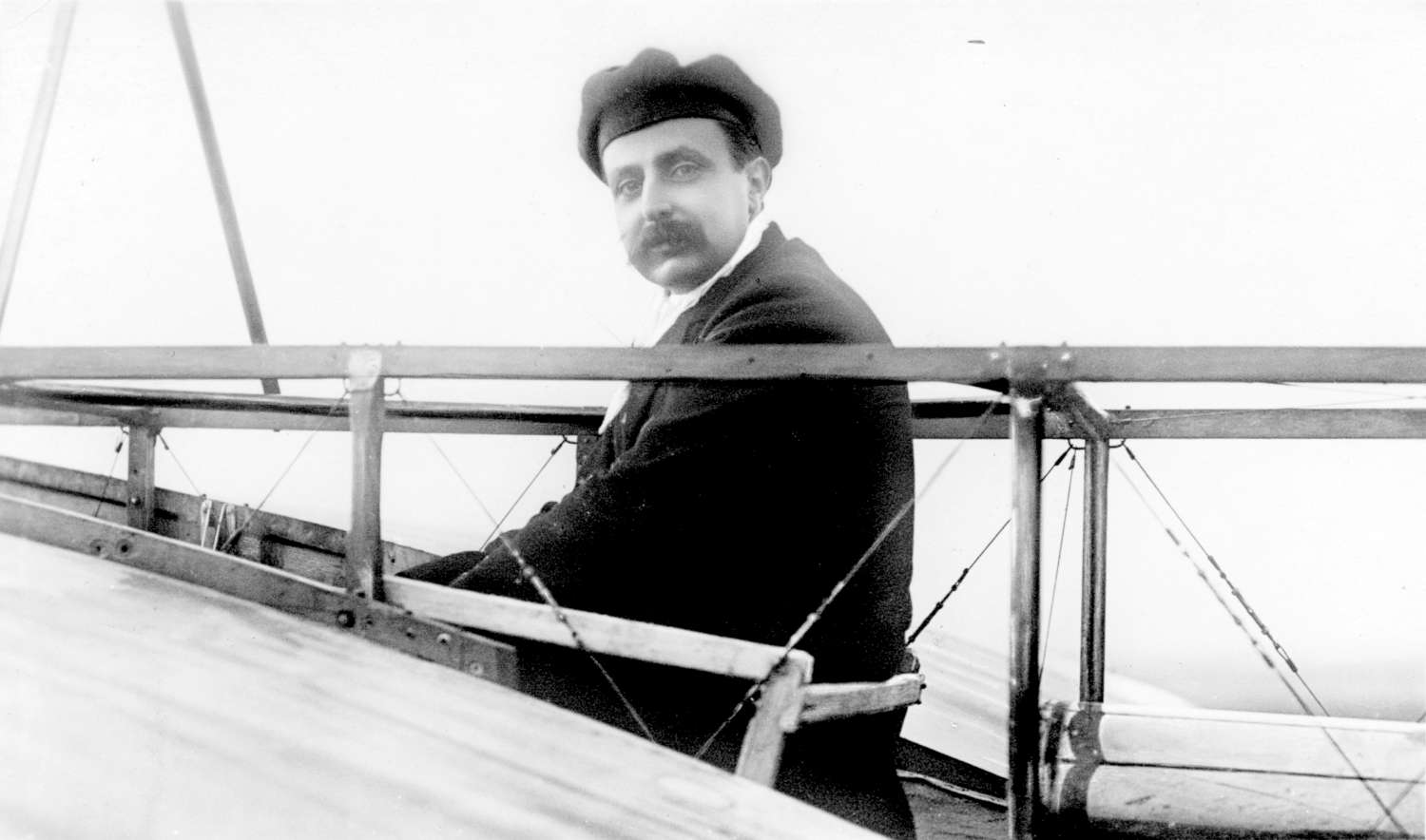 low_1900-1925 - Louis Bleriot in his monoplane-1500