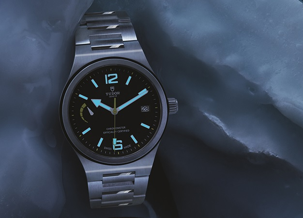 low_ NORTH FLAG LUME