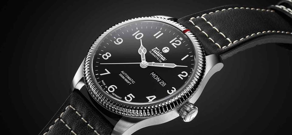 Grand Flieger Classic Automatic 6102-01 perspective