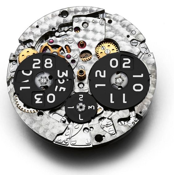 IW379108_movement