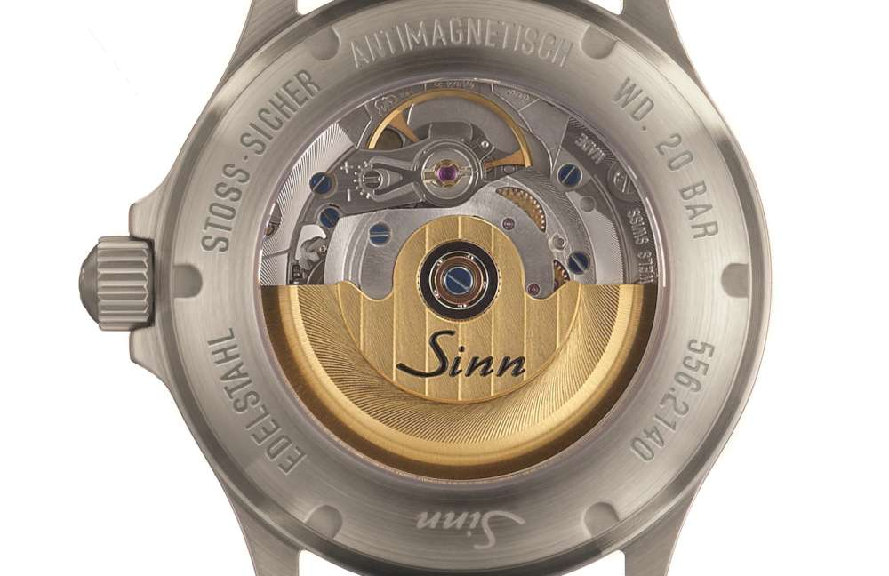 Sinn 556 I Mother-of-pearl W movement