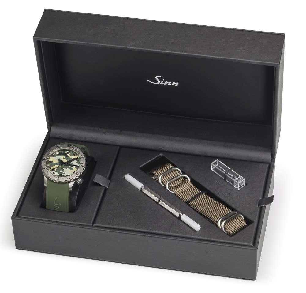 Sinn U1 Camouflage, presentation box