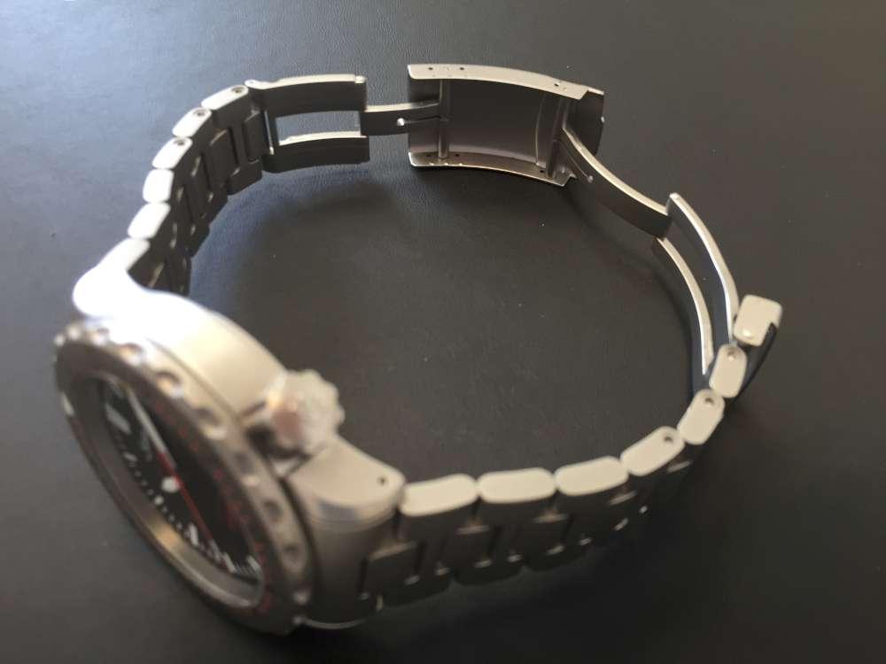 Sinn U212, stainless steel bracelet, step 2