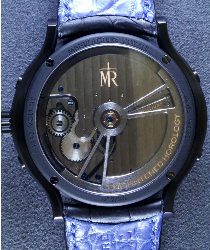Manufacture Royale Voltige Black Feather, caseback