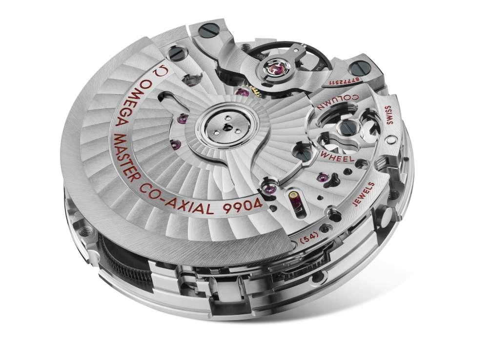 Omega Speedmaster Moonphase Master Chronometer Chronograph, calibre 9904
