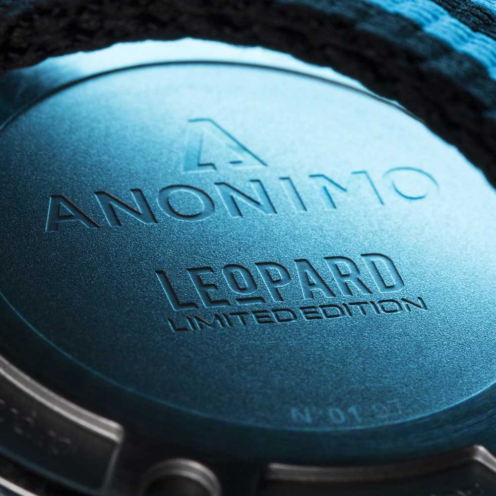 Anonimo Nautilo Leopard sports watch caseback