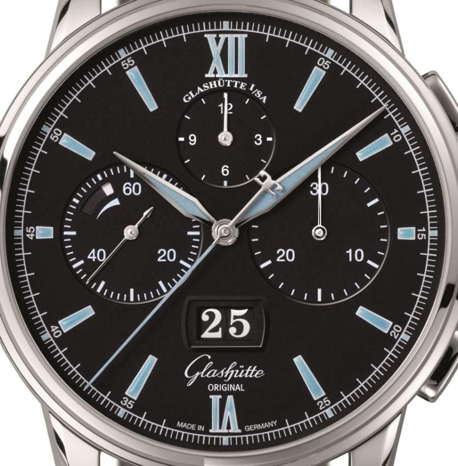 Glashütte Original Senator Chronograph Panorama Date dial detail