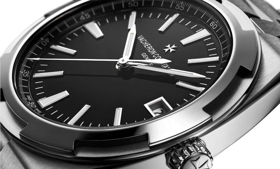 Vacheron Constantin Overseas Automatic, now with black dal