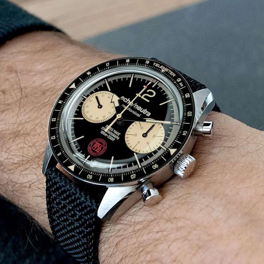 echo/neutra Cortina 1956 chronograph watch