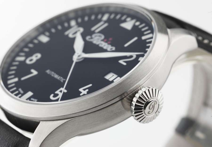 Perseo Nighthawk pilots watch black dial conical crown