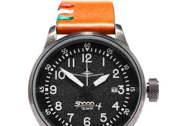 Hangar Italy 5000 ore pilots watch